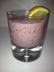 kiwi-banana-berry-smoothie